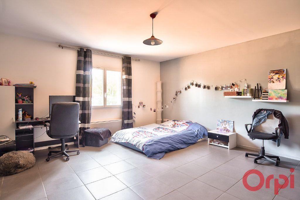 Maison à vendre 8 405m2 à La Roche-Vineuse vignette-7