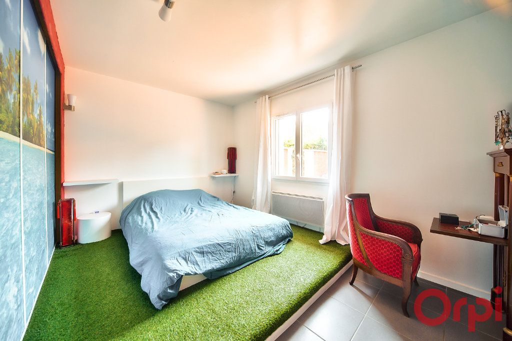 Maison à vendre 8 405m2 à La Roche-Vineuse vignette-8