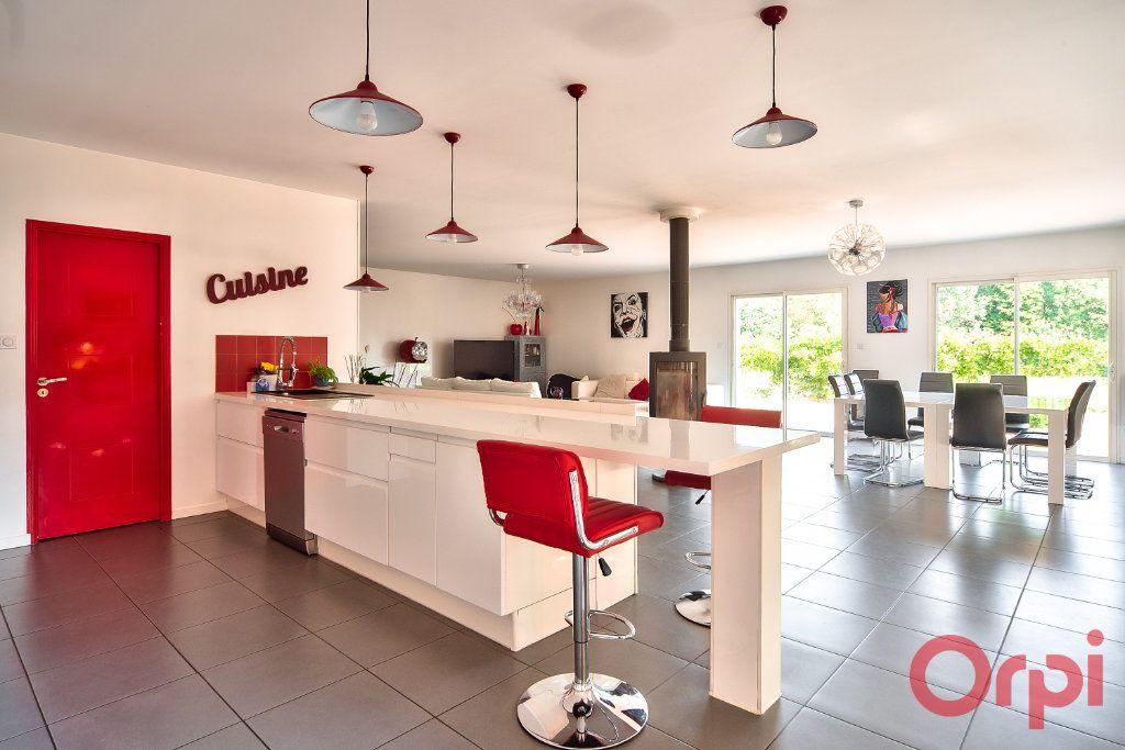 Maison à vendre 8 405m2 à La Roche-Vineuse vignette-11