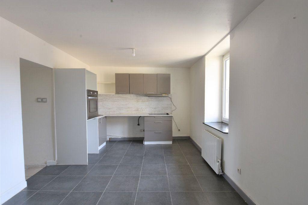 Appartement à louer 2 34.99m2 à Mâcon vignette-1