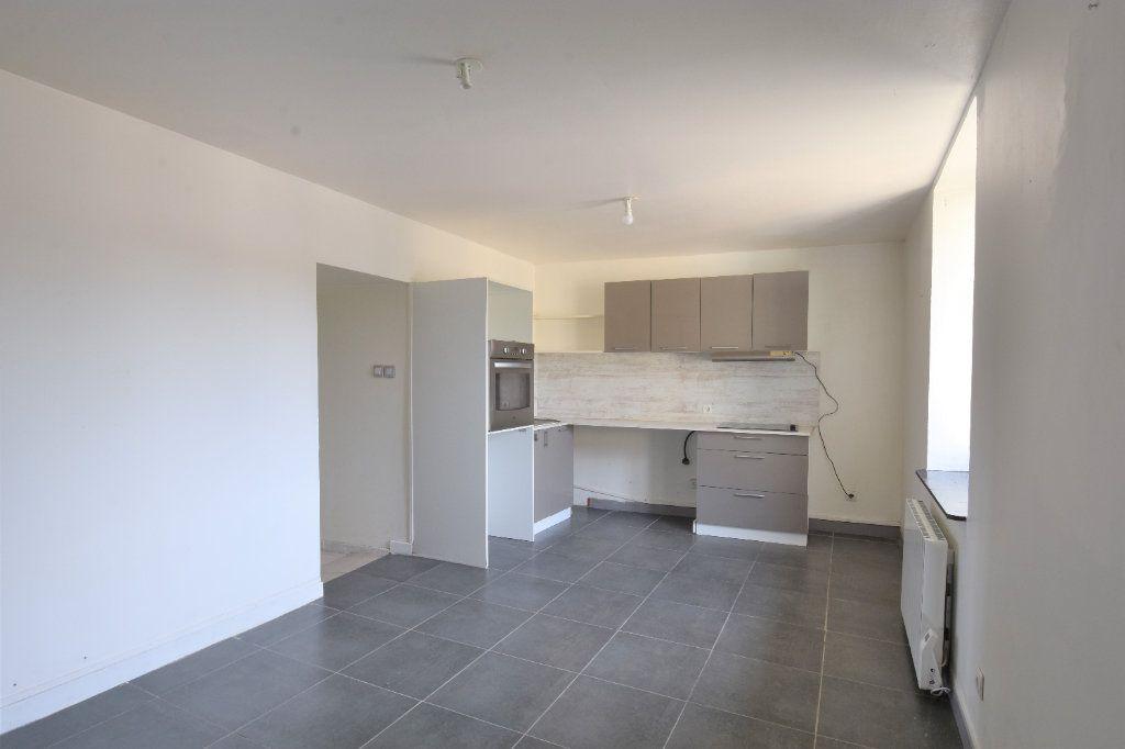 Appartement à louer 2 34.99m2 à Mâcon vignette-2