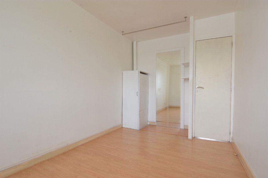 Appartement à louer 2 34.99m2 à Mâcon vignette-4