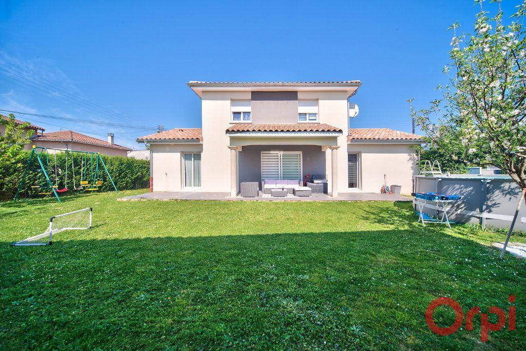 Maison à vendre 5 139m2 à Mâcon vignette-2