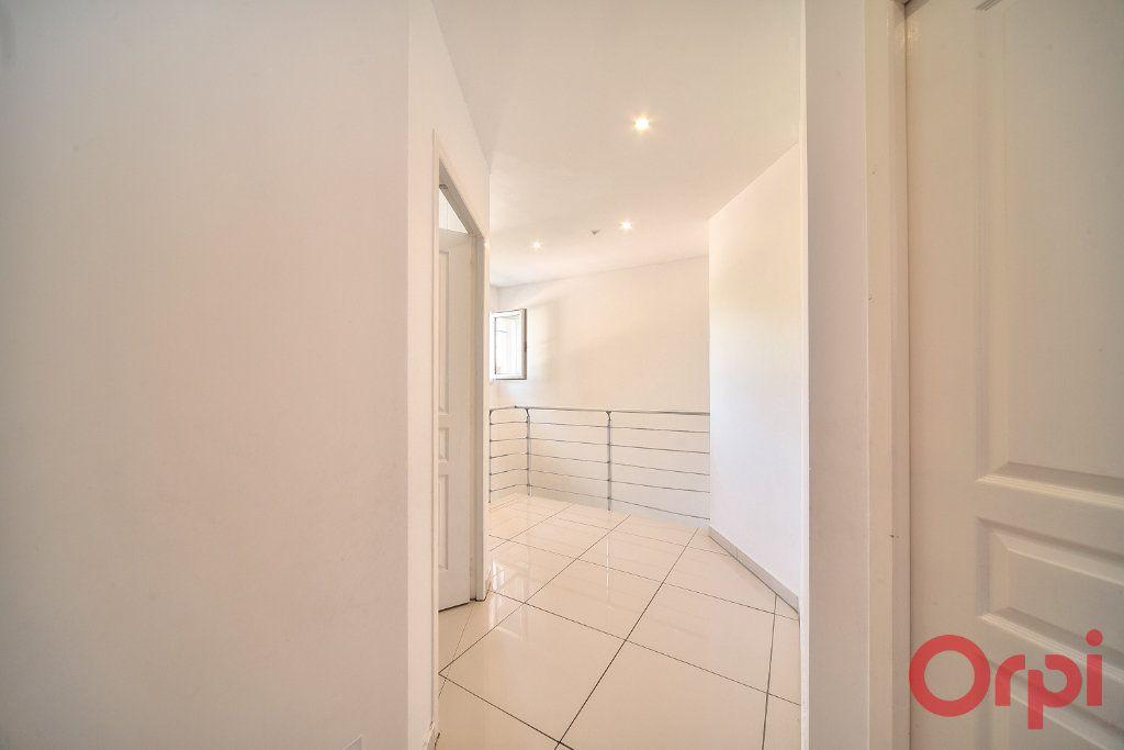Maison à vendre 5 139m2 à Mâcon vignette-8