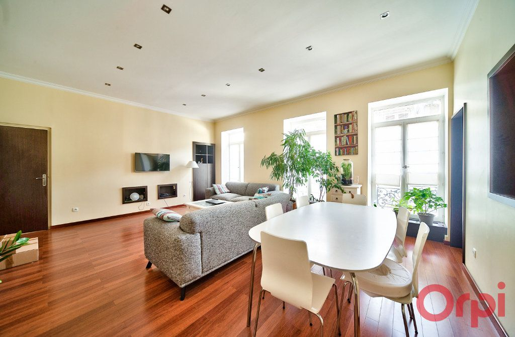 Appartement à vendre 4 136m2 à Mâcon vignette-1
