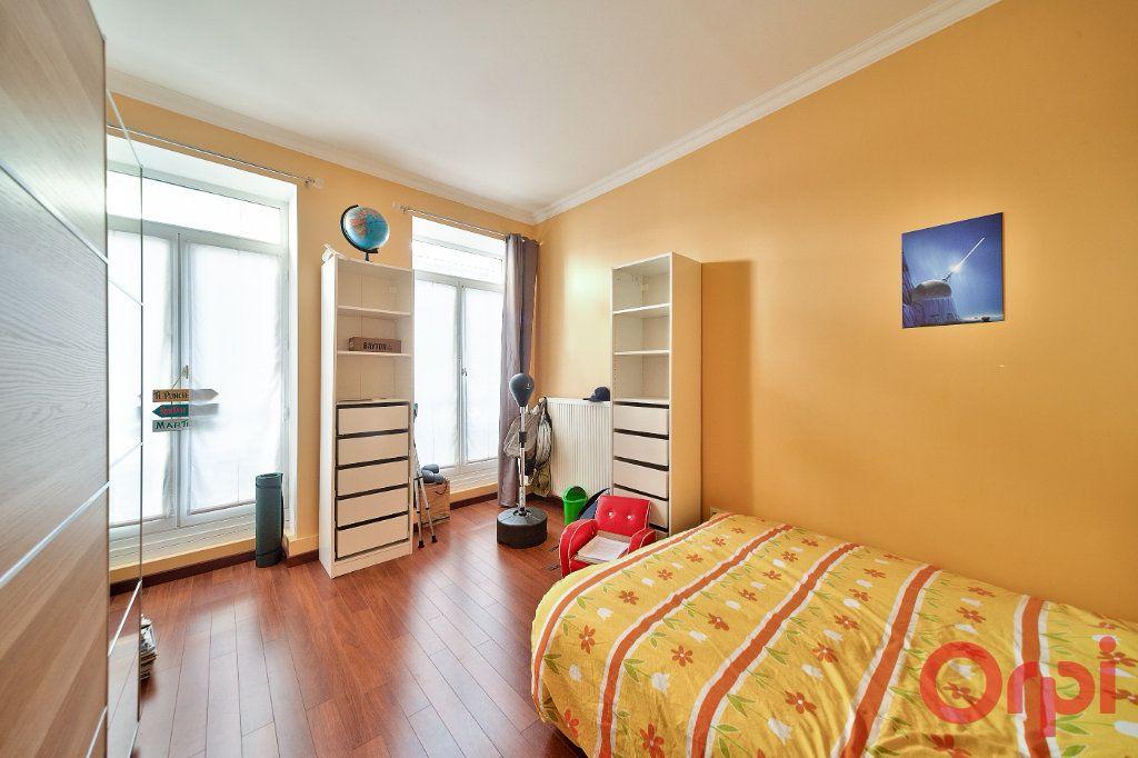 Appartement à vendre 4 136m2 à Mâcon vignette-9