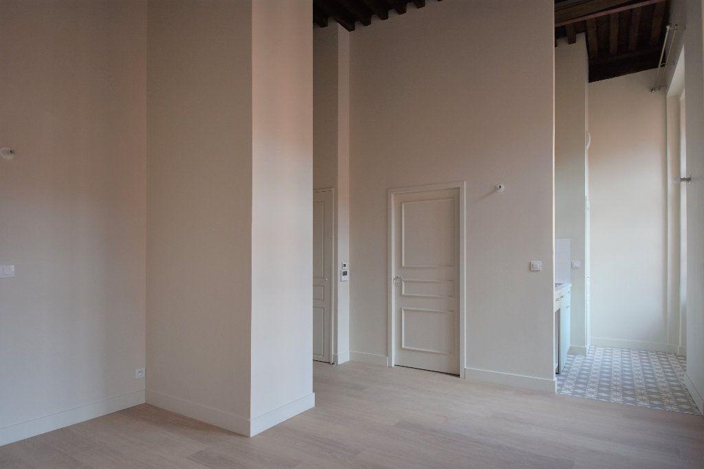 Appartement à louer 1 27.69m2 à Mâcon vignette-2
