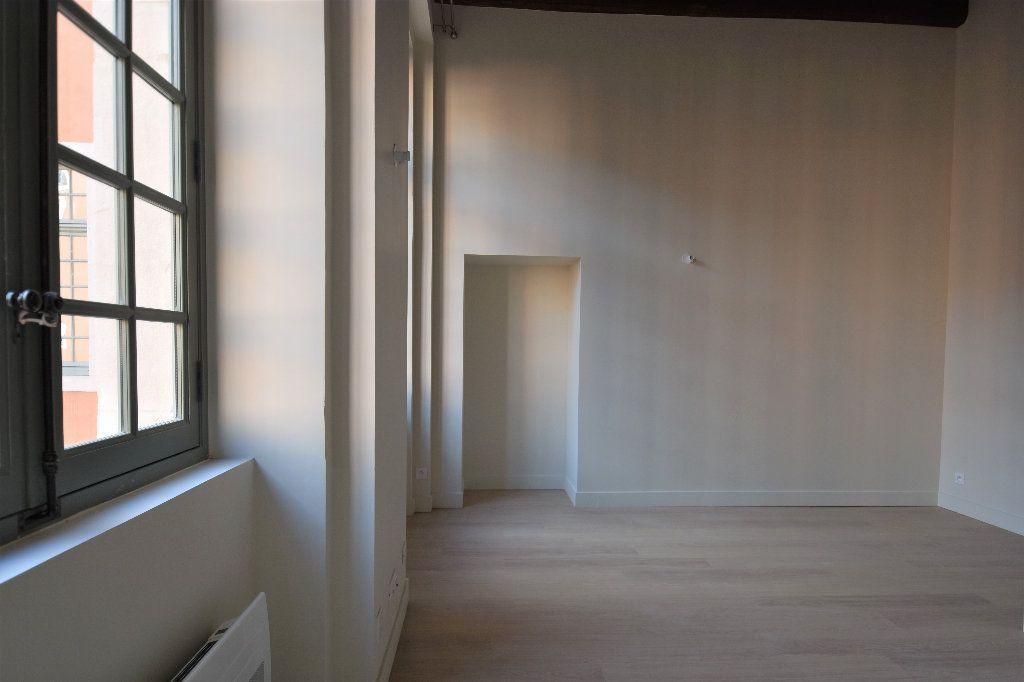 Appartement à louer 1 27.69m2 à Mâcon vignette-4