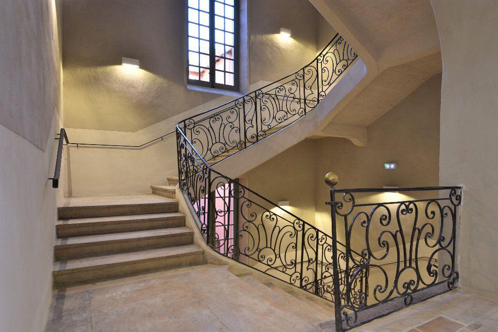 Appartement à louer 3 77.15m2 à Mâcon vignette-9