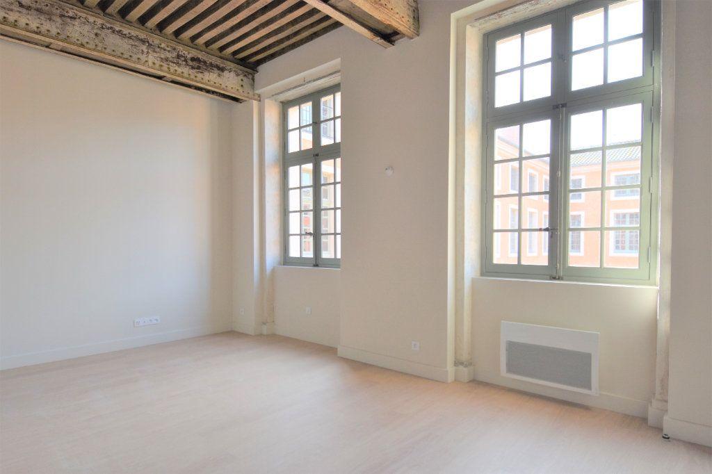 Appartement à louer 3 76.67m2 à Mâcon vignette-5