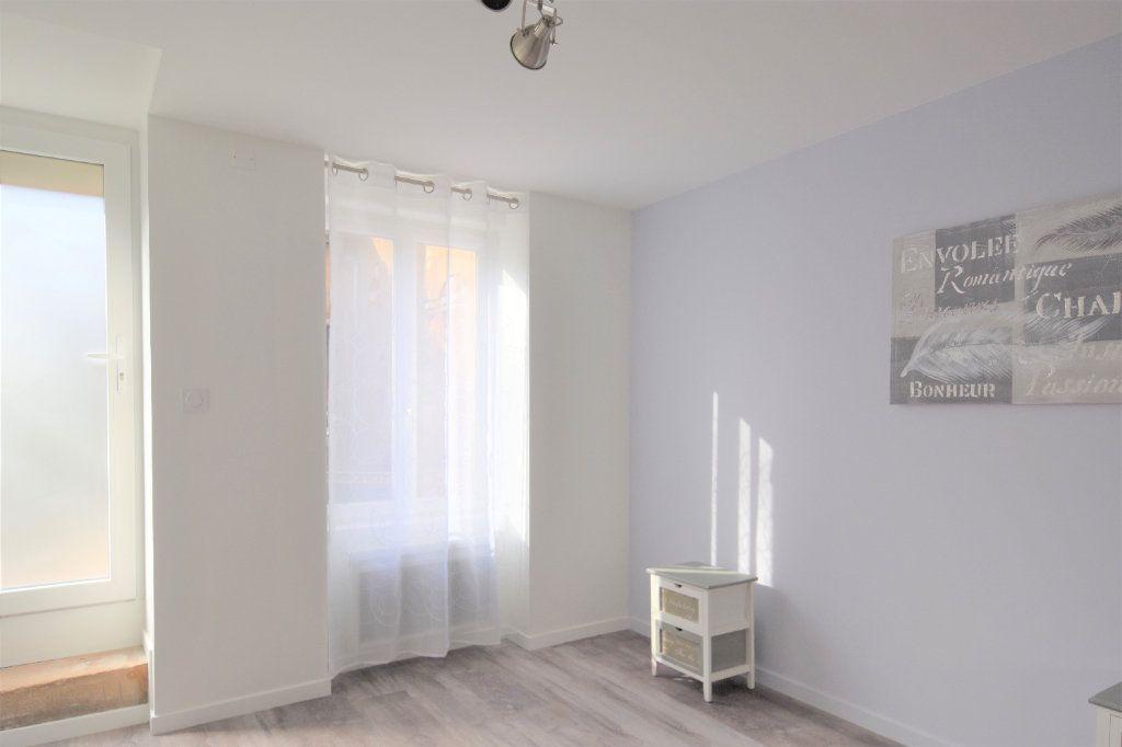 Appartement à louer 2 49.07m2 à Mâcon vignette-8