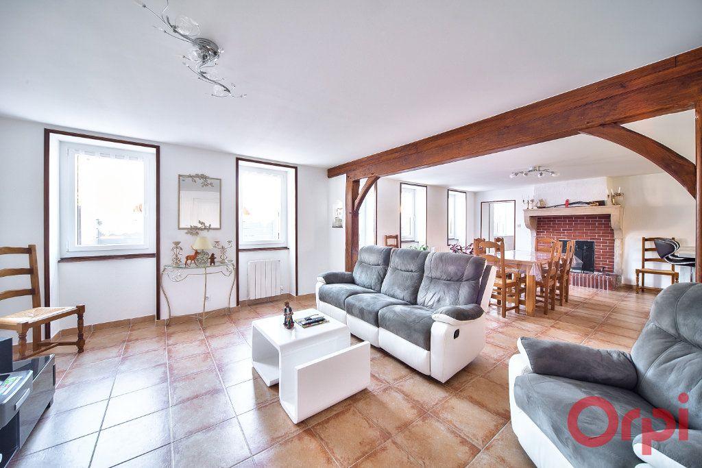 Maison à vendre 6 148.45m2 à Saint-Bénigne vignette-3