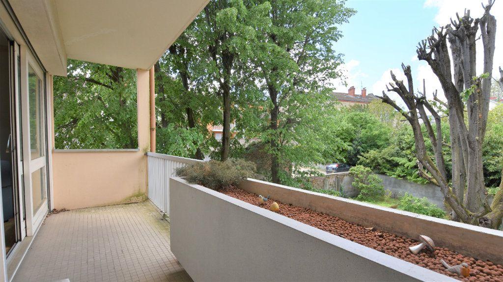 Appartement à vendre 4 97m2 à Mâcon vignette-2