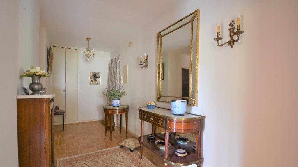 Appartement à vendre 4 97m2 à Mâcon vignette-4