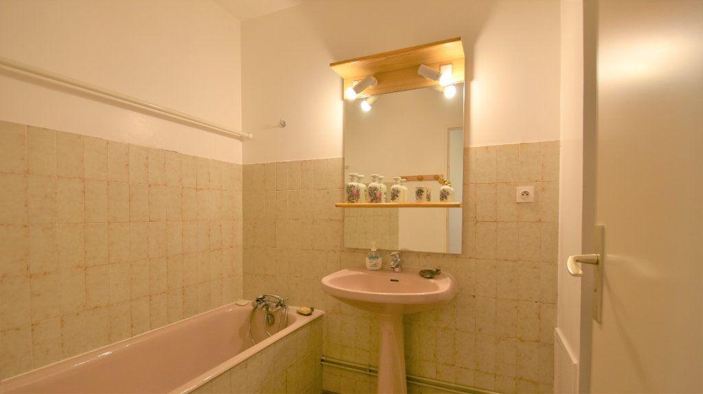 Appartement à vendre 4 97m2 à Mâcon vignette-9