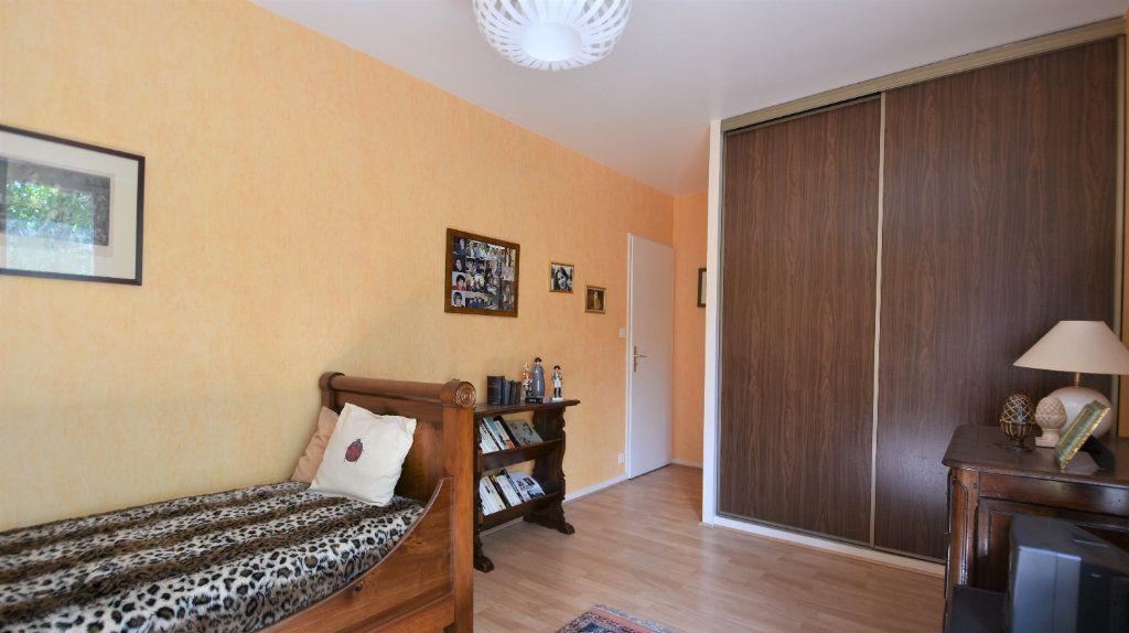 Appartement à vendre 4 97m2 à Mâcon vignette-10
