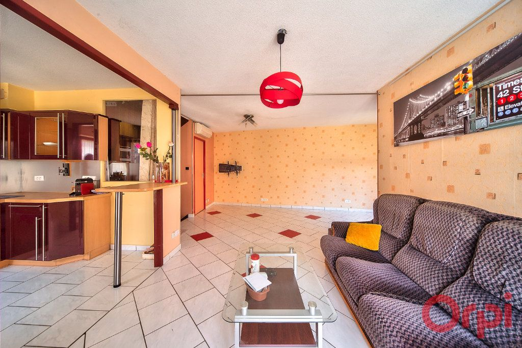 Maison à vendre 4 74.24m2 à Mâcon vignette-1