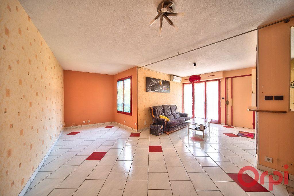 Maison à vendre 4 74.24m2 à Mâcon vignette-3