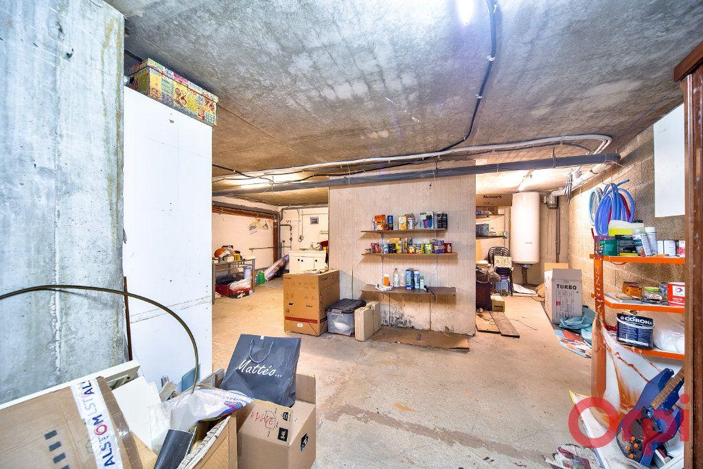 Maison à vendre 4 74.24m2 à Mâcon vignette-9