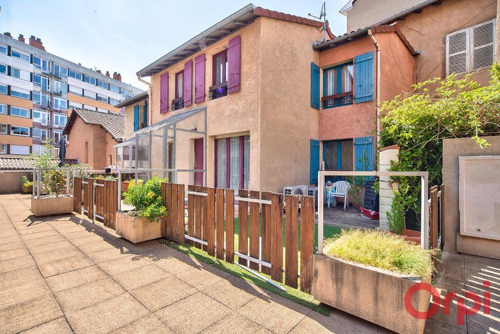 Maison à vendre 4 74.24m2 à Mâcon vignette-10