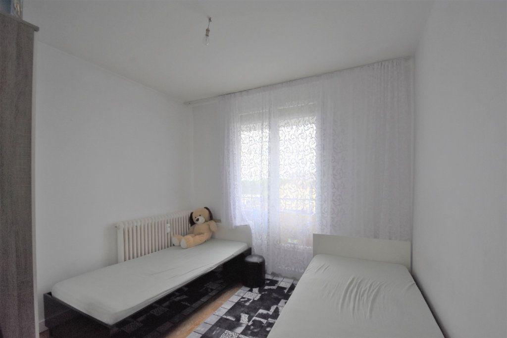Appartement à vendre 4 67m2 à Mâcon vignette-5