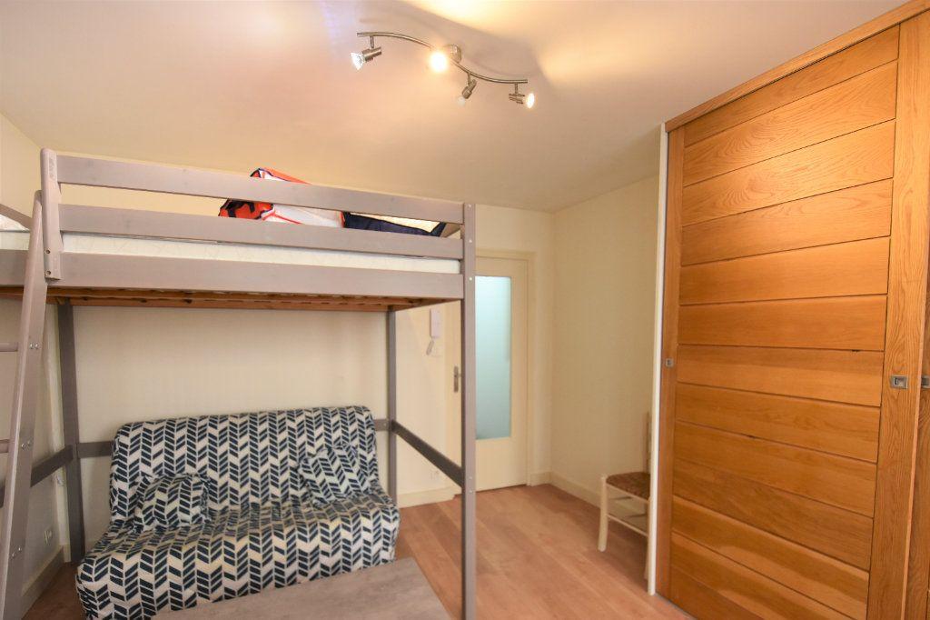 Appartement à louer 1 23.64m2 à Mâcon vignette-5