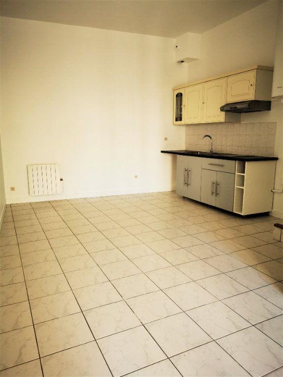 Appartement à louer 2 49.34m2 à La Ville-du-Bois vignette-2
