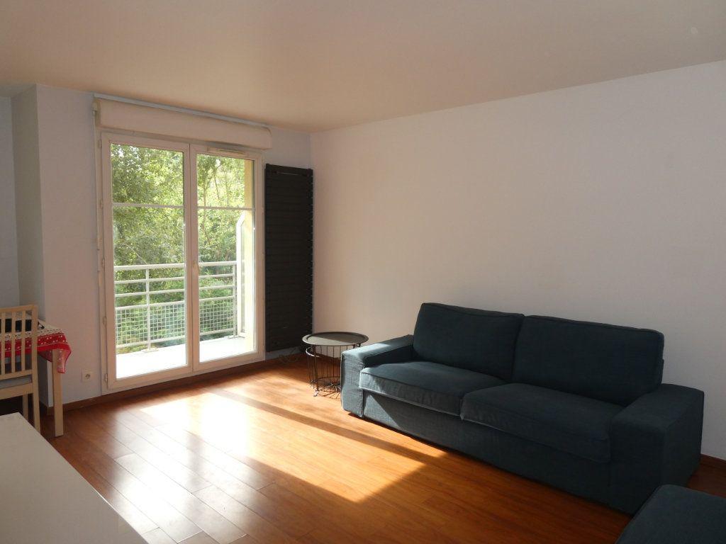 Appartement à louer 2 42.62m2 à Longjumeau vignette-2