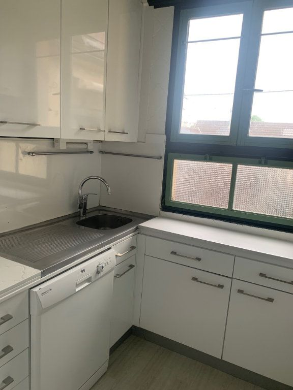 Appartement à louer 3 85.7m2 à Longjumeau vignette-3