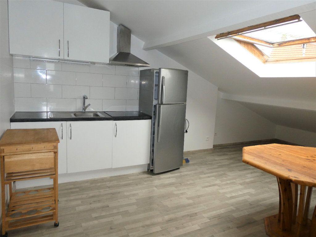 Appartement à louer 2 23.15m2 à Longjumeau vignette-1