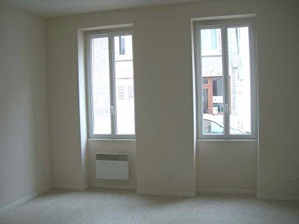 Appartement à louer 1 25.77m2 à Vonnas vignette-1