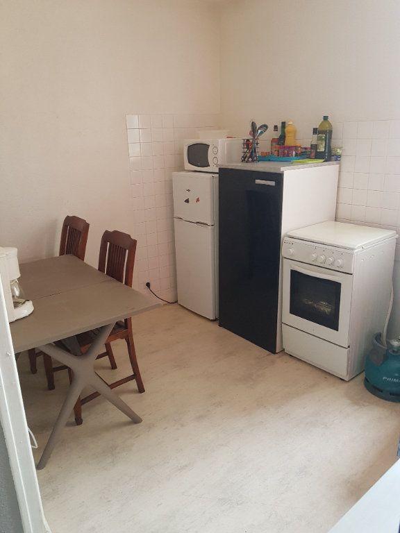 Appartement à louer 2 48m2 à Hauteville-Lompnes vignette-2