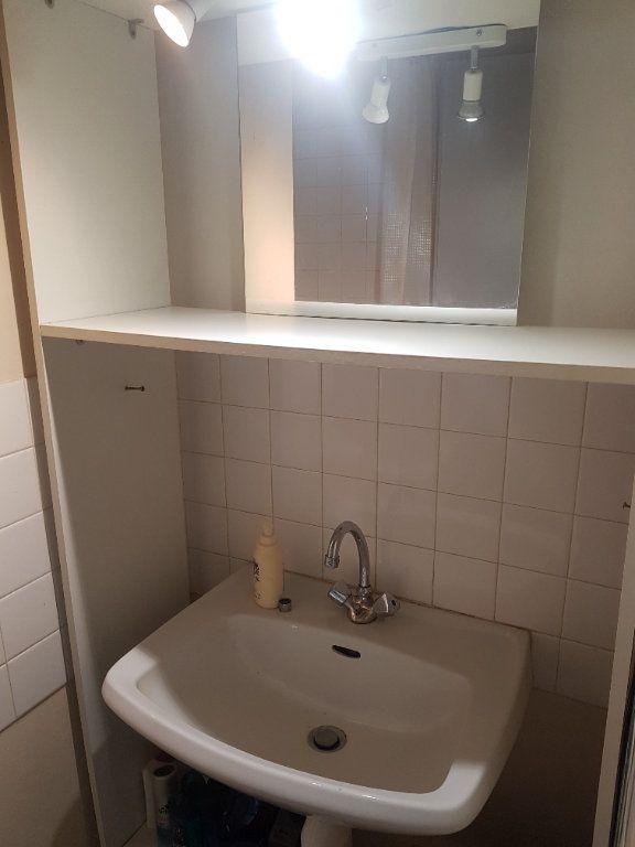 Appartement à louer 2 48m2 à Hauteville-Lompnes vignette-4