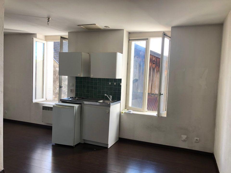 Appartement à louer 2 39.35m2 à Hauteville-Lompnes vignette-1