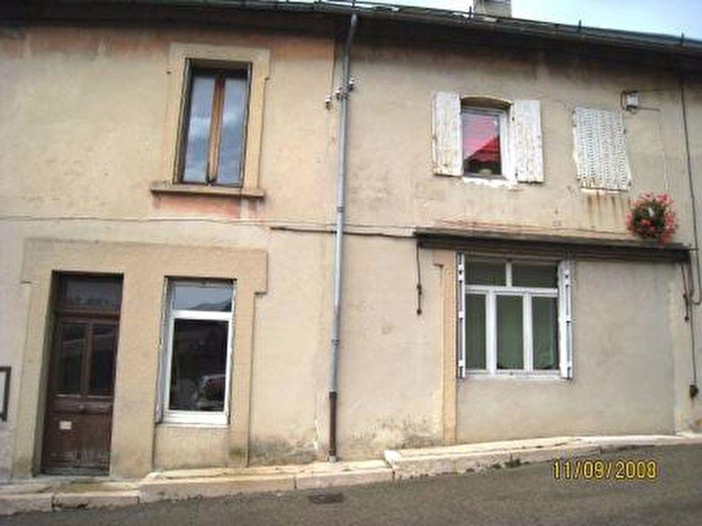 Appartement à louer 1 30m2 à Hauteville-Lompnes vignette-6