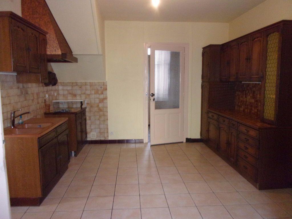 Maison à louer 5 152.41m2 à Péronnas vignette-3