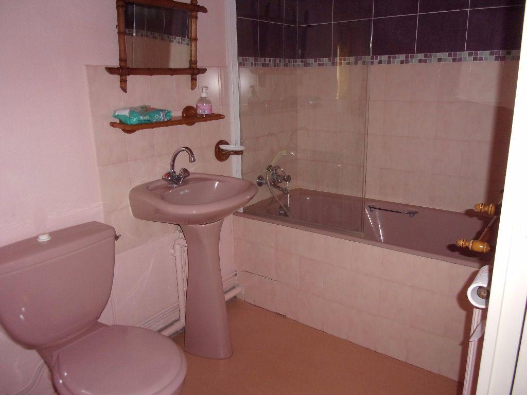 Maison à louer 5 152.41m2 à Péronnas vignette-7