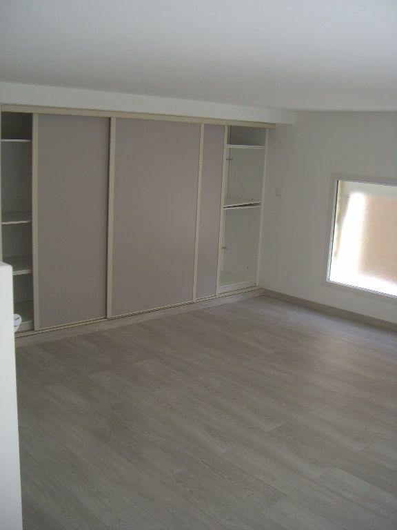 Appartement à louer 2 64.02m2 à Vonnas vignette-3