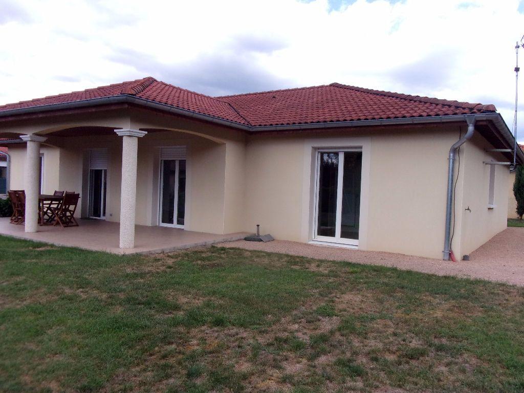 Maison à louer 5 129.7m2 à Viriat vignette-1