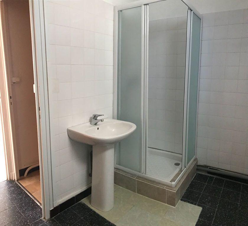 Appartement à louer 3 60.32m2 à Hauteville-Lompnes vignette-6