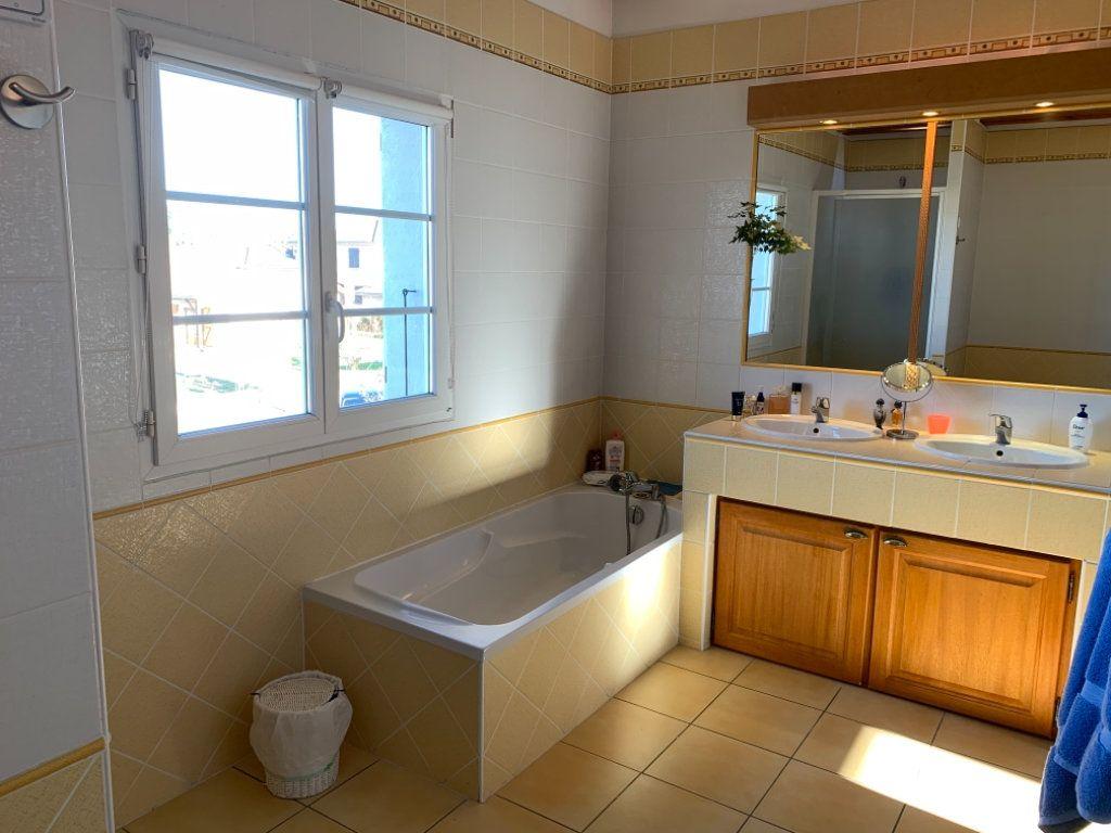 Maison à vendre 10 175m2 à Péronnas vignette-8