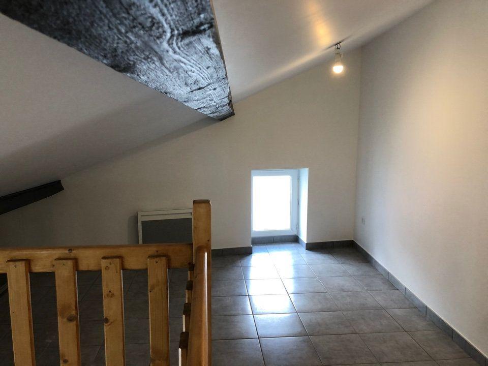 Maison à louer 2 40.9m2 à Hauteville-Lompnes vignette-5