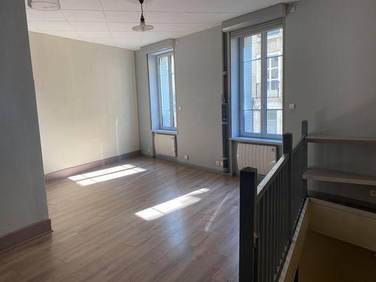 Appartement à vendre 4 90.81m2 à Bourg-en-Bresse vignette-2