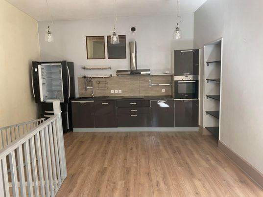 Appartement à vendre 4 90.81m2 à Bourg-en-Bresse vignette-3