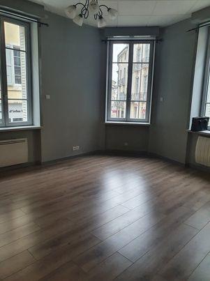 Appartement à vendre 4 90.81m2 à Bourg-en-Bresse vignette-4