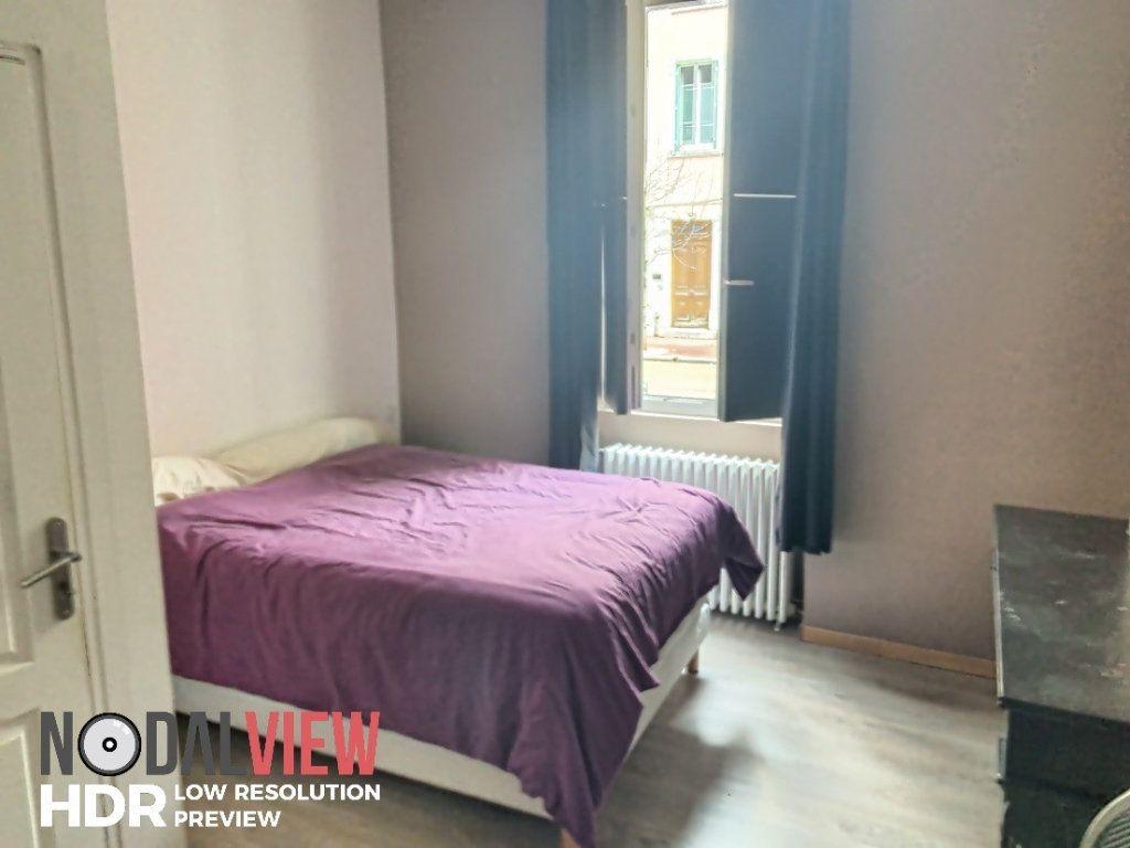 Appartement à louer 3 61.18m2 à Bourg-en-Bresse vignette-3