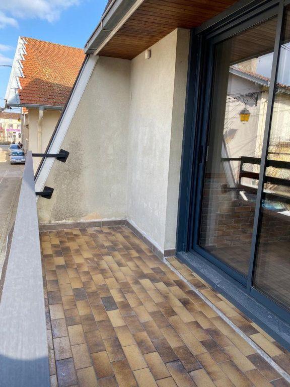 Maison à louer 3 44.46m2 à Montrevel-en-Bresse vignette-4