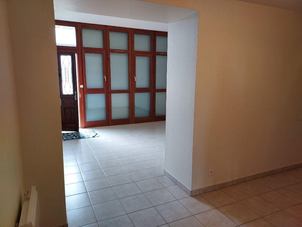 Appartement à louer 4 86.08m2 à Marsonnas vignette-5