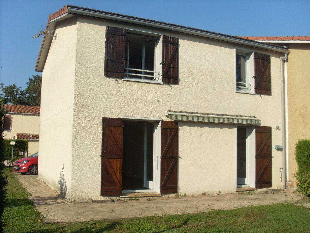 Maison à vendre 4 90.03m2 à Saint-Paul-de-Varax vignette-2