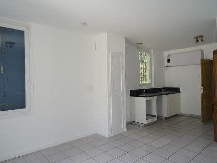Maison à louer 2 36.11m2 à Roquevaire vignette-3